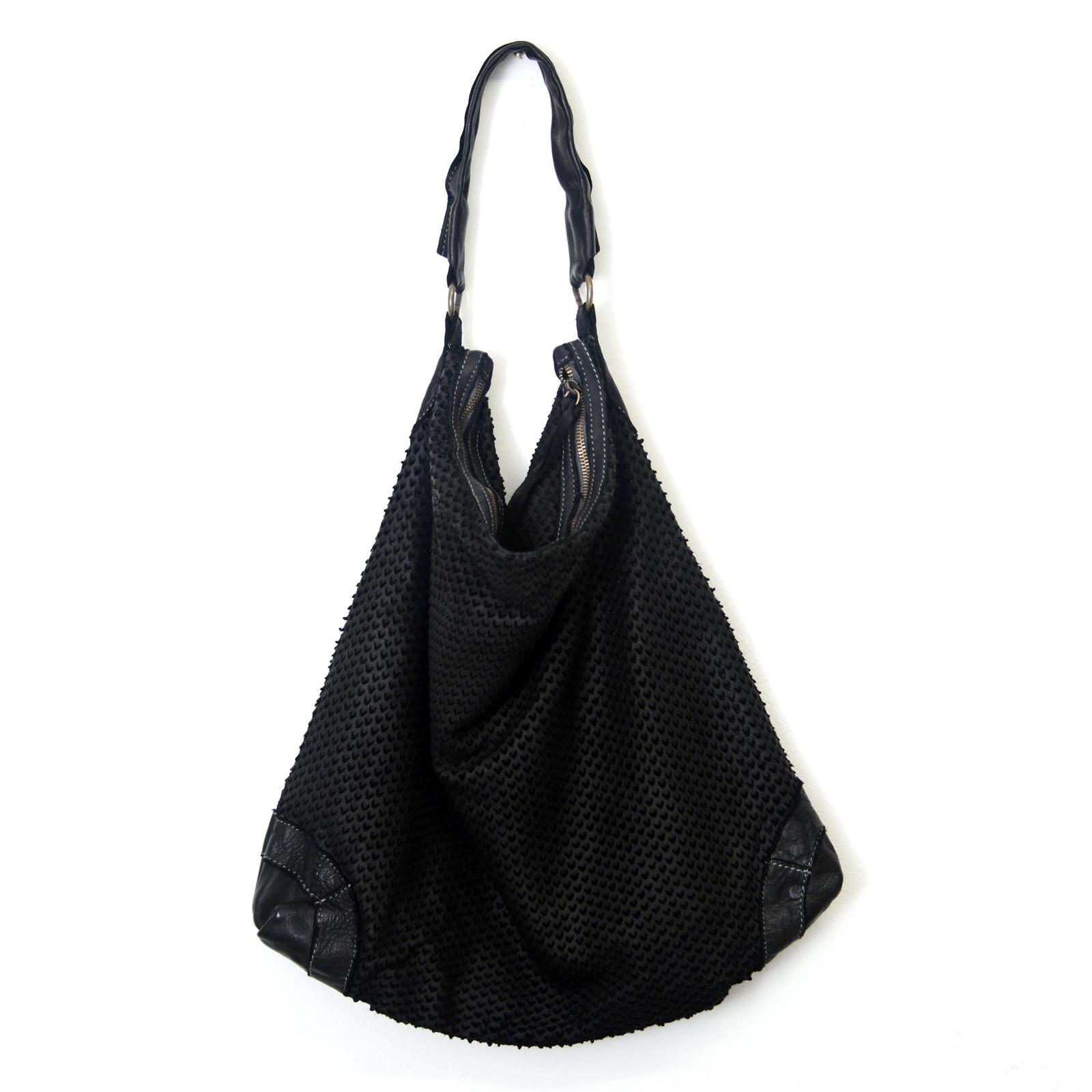 selezione premium 24bed 6c1c0 Big Bag in pelle a spalla Nera tinta in capo